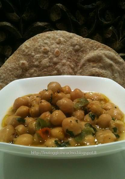 Curry di ceci con chapati integrali