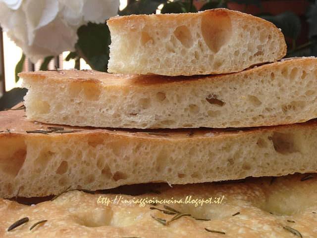 Focaccia a lievitazione mista con farina di grano duro