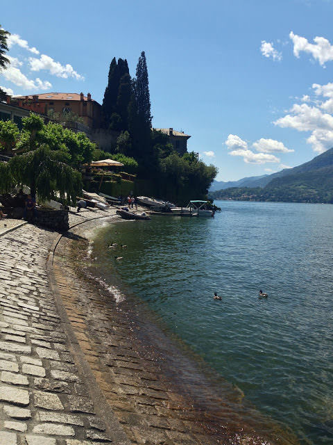 Vista del lago da Varenna