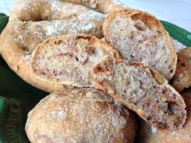 Fougasse semi integrale con farina di farro e noci