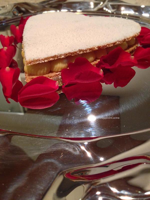 cialde di mandorle con crema alla vaniglia