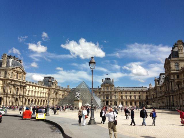 Piazza del Louvre
