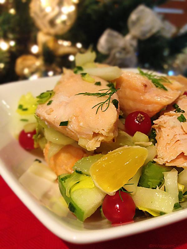 Insalata di frutta con sedano e salmone