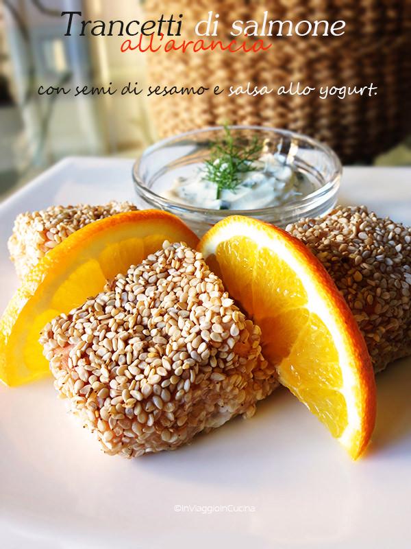 Trancetti di salmone all'arancia con sesamo e salsa yogurt
