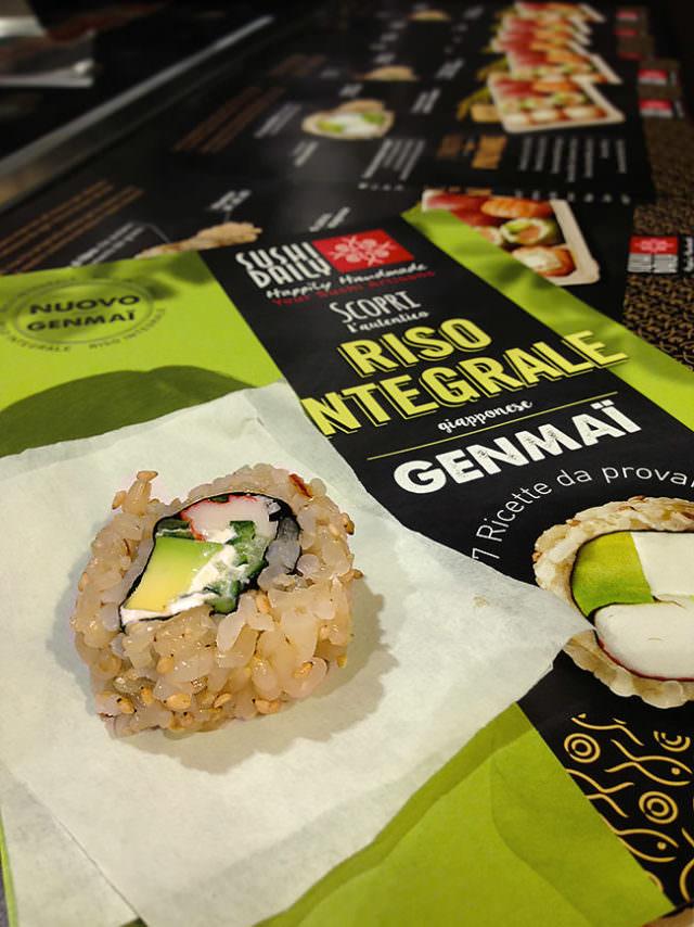 Sushi di genmai riso integrale