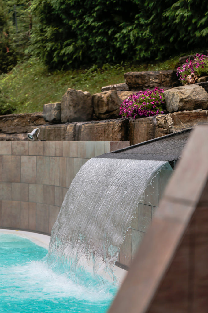 Cascata piscina termale del Roseo Euroterme