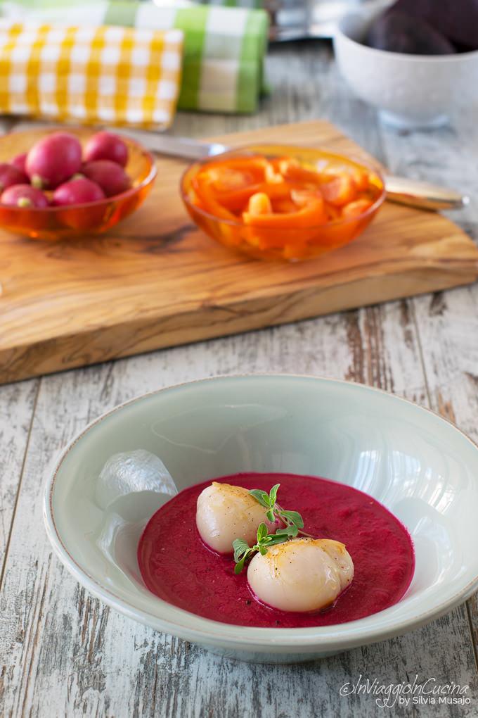 Gazpacho alla barbabietola con capesante alla piastra