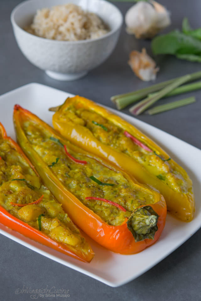 Stuffed peppers with curried fish