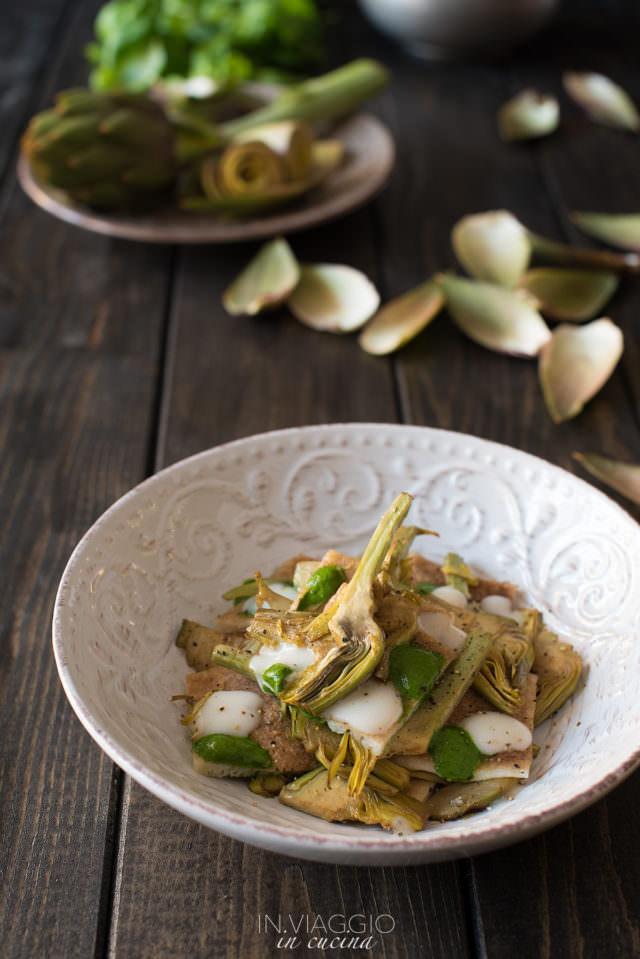 testaroli con carciofi, besciamella e coulis di basilico