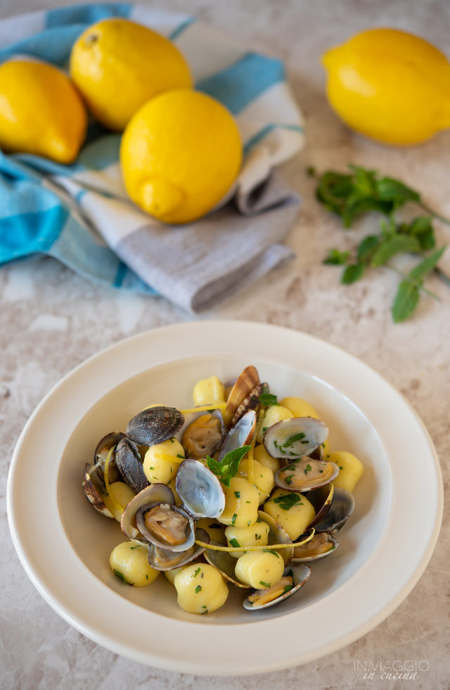 Gnocchi with clams flavored with mint and lemon