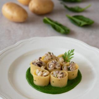 calamarata con seppie e crema di patate e spinaci