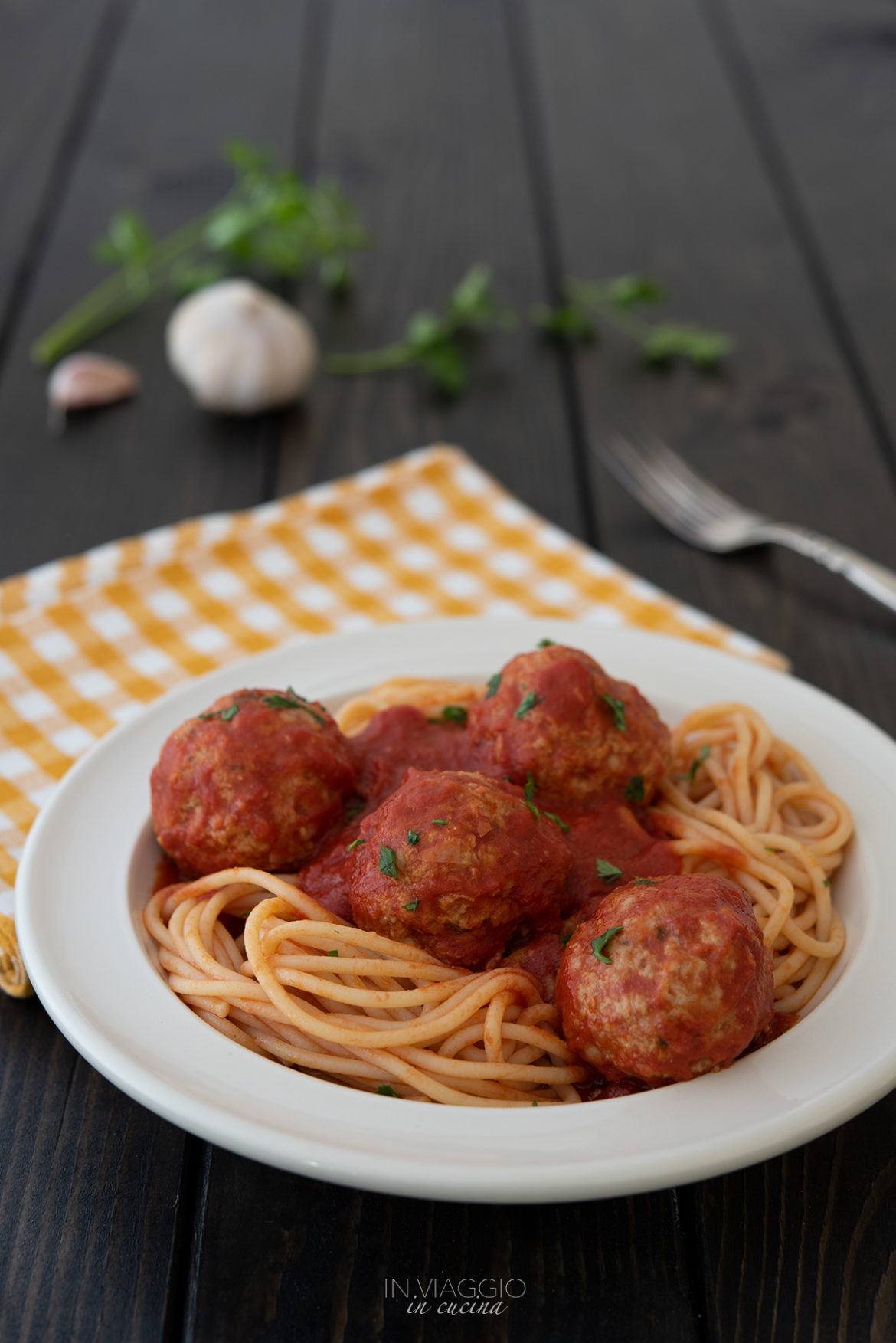 meatballs with non-fried tomato sauce