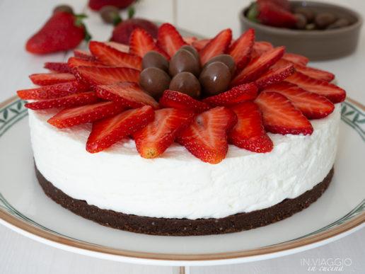 Ricotta cheesecake with strawberries and chocolate
